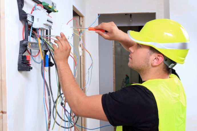 BEST HOME ELECTRICIAN SERVICES